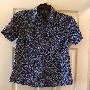 Cotton blend short sleeve floral print blouse M